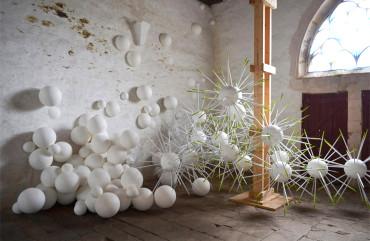 Installation Atrux-Tallau Chapelle Saint-Nicolas-des-Eaux,  Pluméliau 2013  copie copie
